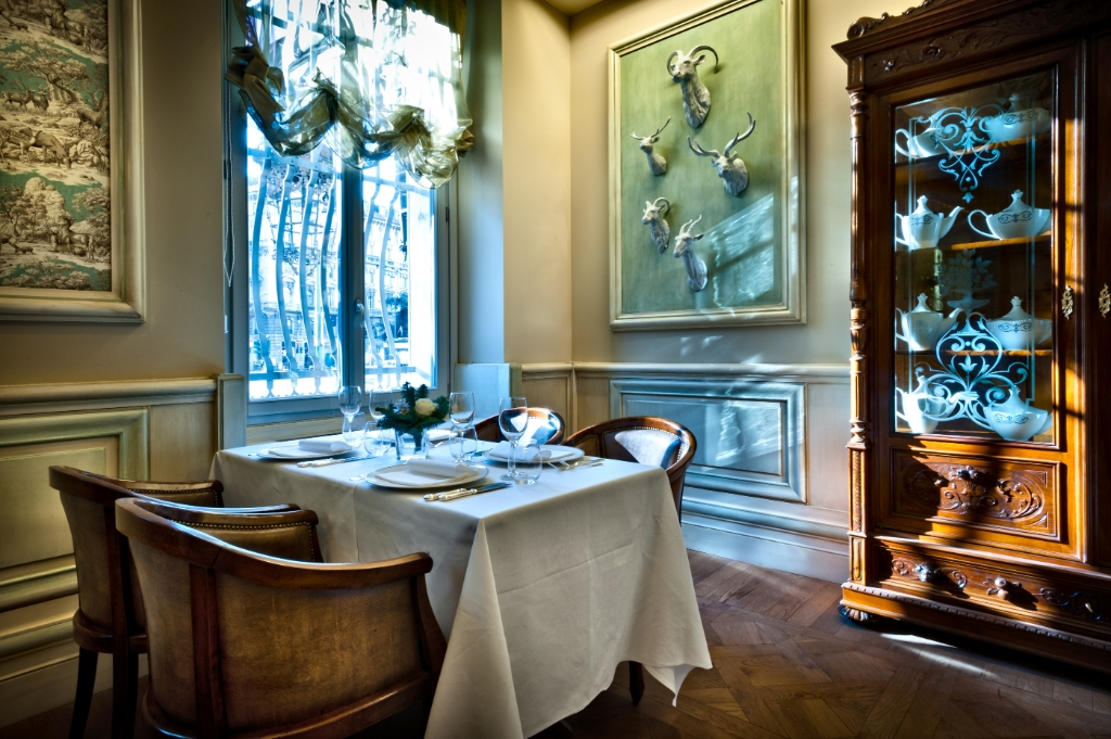 Hotel_Chateau_Monfort_HD_05