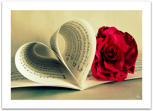 flower-heart-love-music-notes-pretty-Favim.com-63923